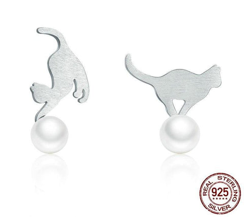 925 Sterling Silver & Freshwater Pearls Cat On A Ball Stud Earrings