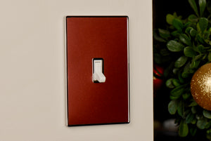 UC35 Red Brown Pearl/ 1-Gang Toggle Cover & Chrome Frame