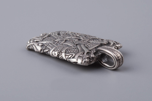 COLLIERS, ØSEBERG - Argent Massif , TaverneduViking , COLLIERS, La Taverne du Viking , Bijoux Viking , Bracelet Viking , Bague Viking, Statuette viking, norse , handmade bijoux, vikings , bijoux moderne viking , bijouterie viking , viking style , ring viking, pendant viking, La Taverne du Viking , jewelry Viking , jewelry viking , jewelry norse, ragnar bracelet , norse , vikings , history viking , shop viking , bracelets viking,