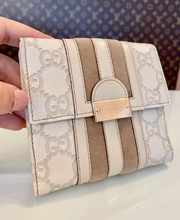 GUCCI GG COMPACT WALLET IVORY