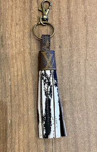 LV TASSEL KEY CHAIN