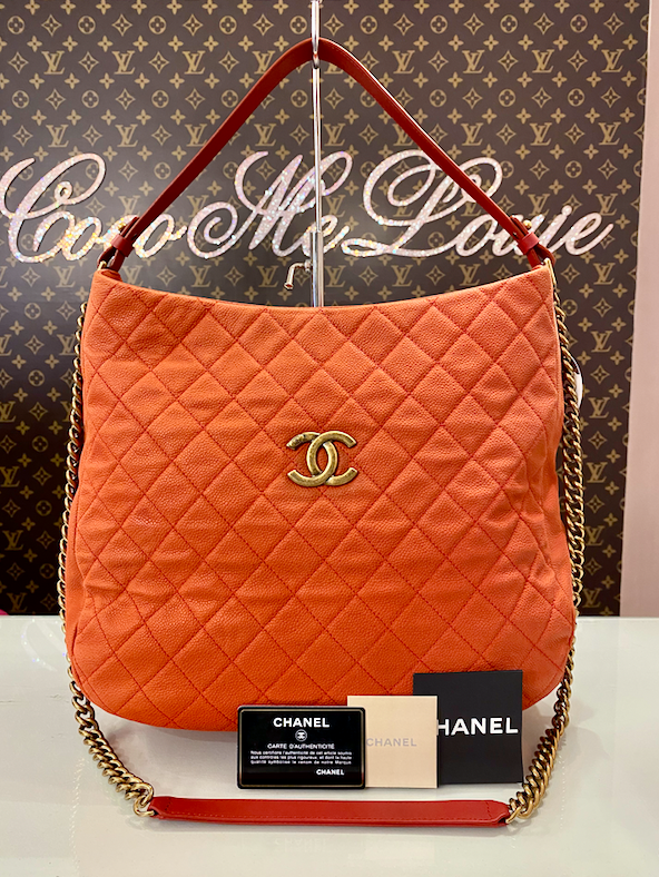 CHANEL CAVIAR HOBO / CROSSBODY
