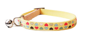 Cat's Life PVC Collar: Hearts - Non-Toxic PVC. Available online from Yes.Pet
