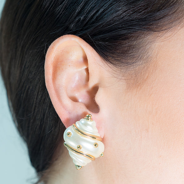 Pearl Shell Clip Earrings