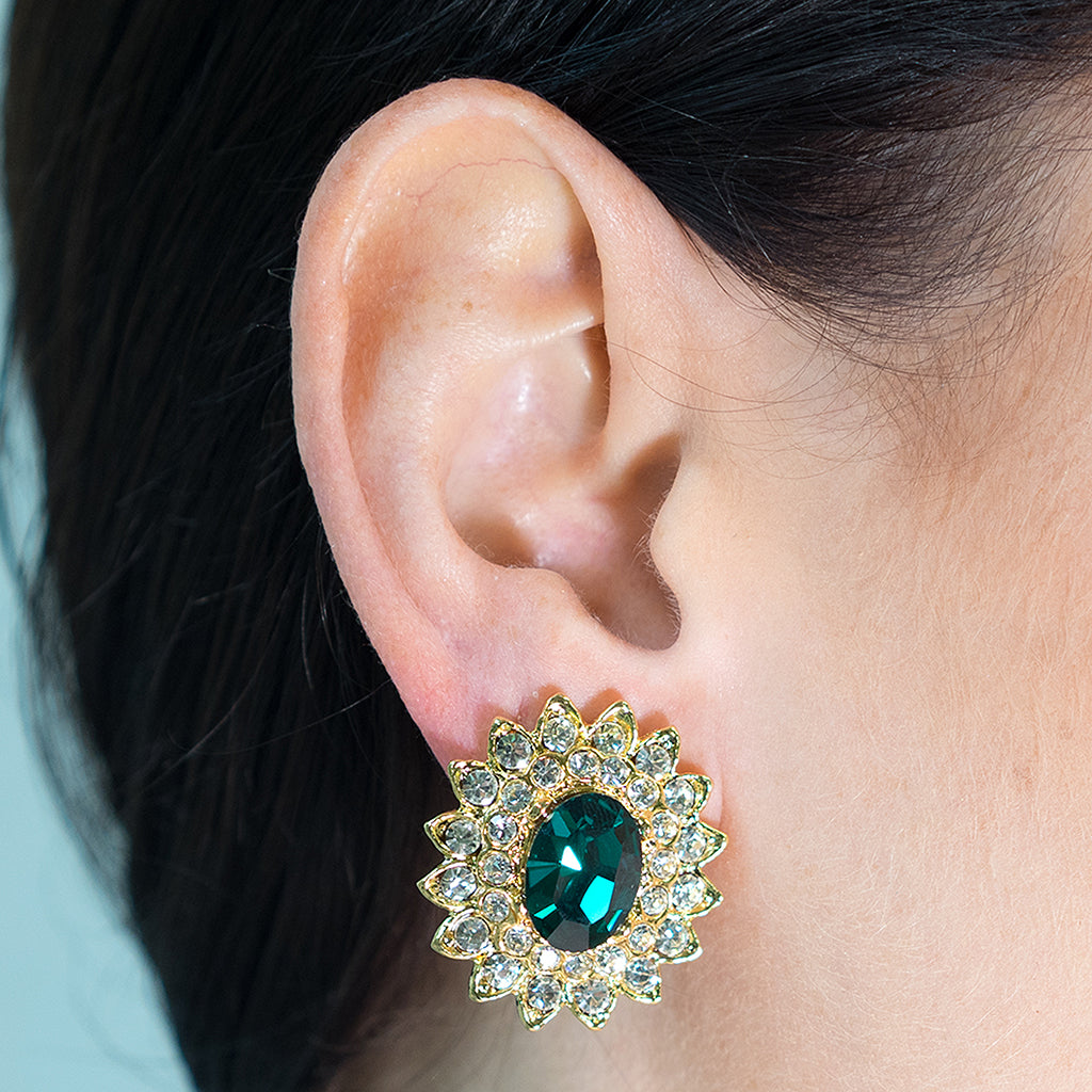 Vogue Hommes - Gold And Crystal Setting Emerald Stone Center Clip Earring