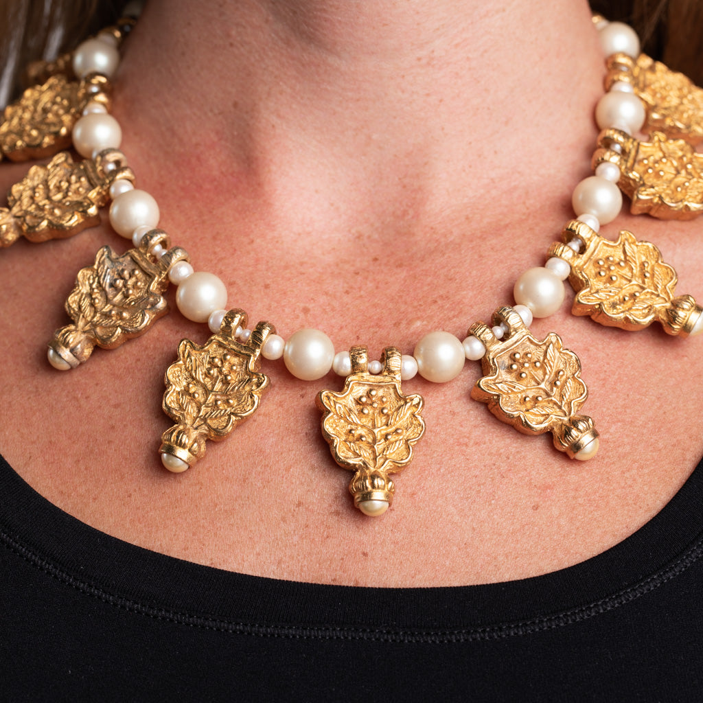 Pearl Necklace with Gold and Pearl Pendant