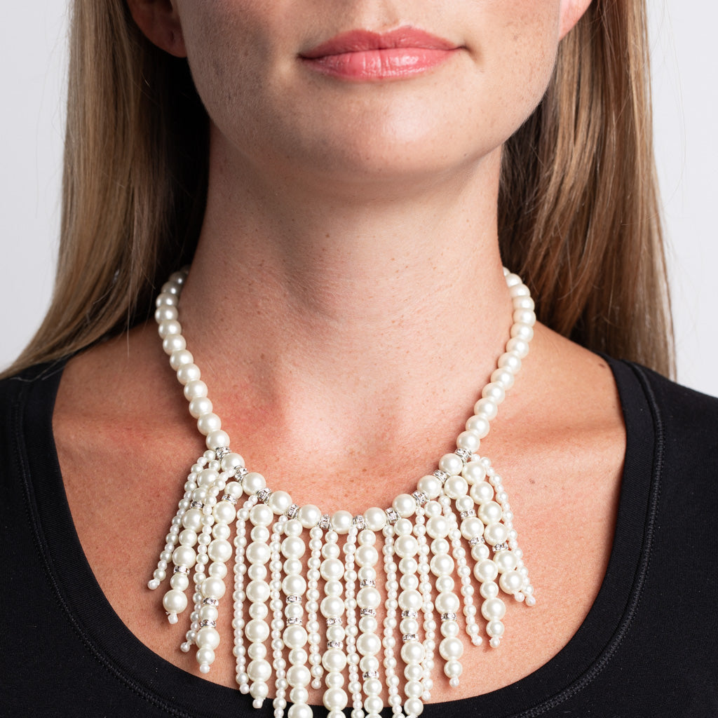 Single Strand White Pearl Drops Necklace