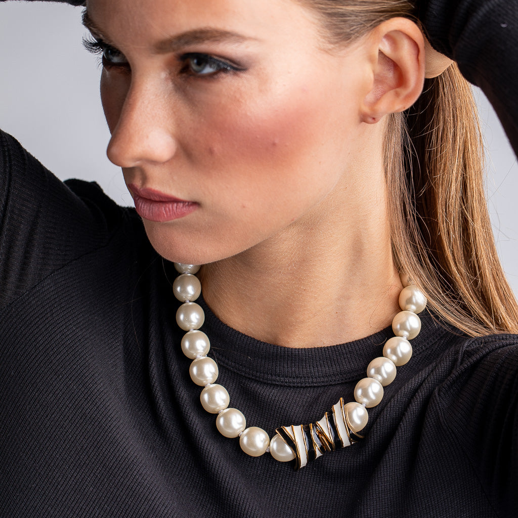 Pearl Necklace with Vintage Clasp