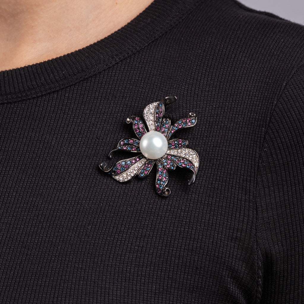 Sapphire and Amethyst Rhinestones with White Pearl Flower Pin