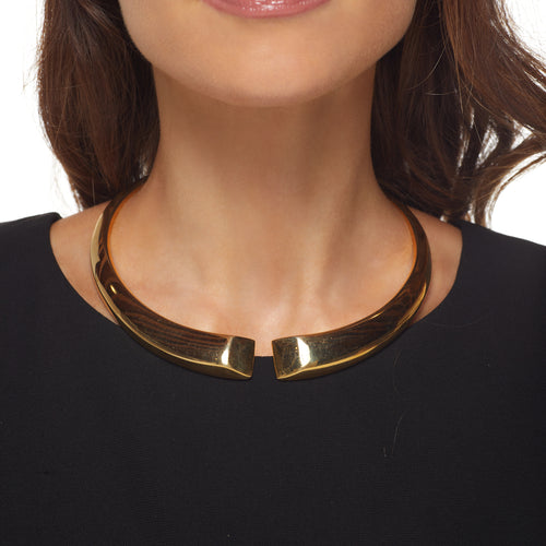 Polished Gold Spring Back Geometric Collar Neck