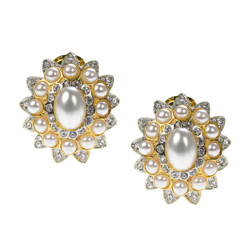 Kenneth Jay Lane Pearl Cabochon Clip Earrings Pearl geJuaMOO