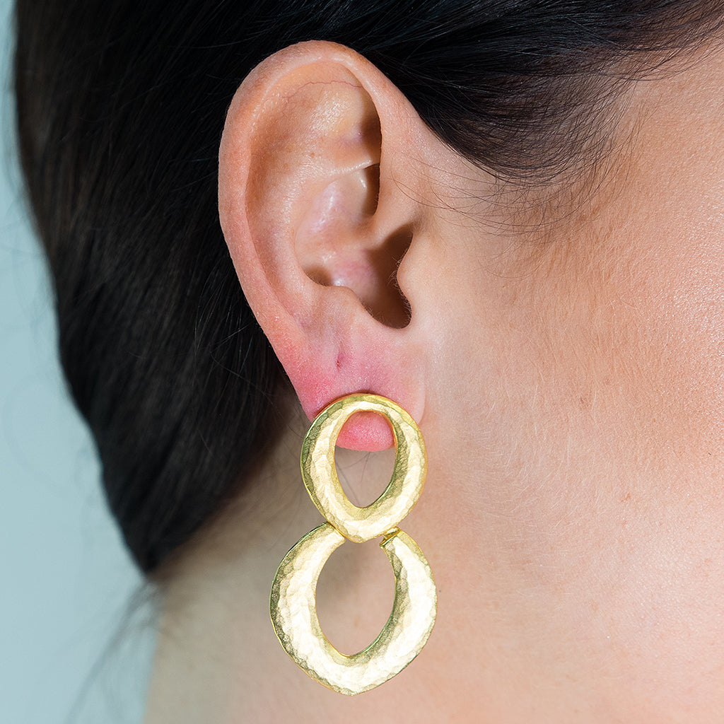 Gold Doorknocker Pierced Earring