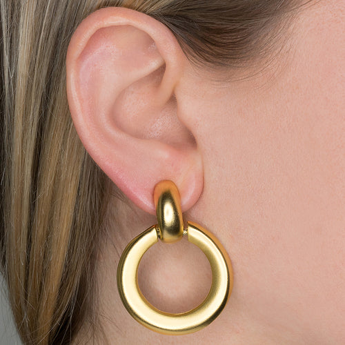 Porter/ Winter 2017 - Round Doorknocker Clip Earrings