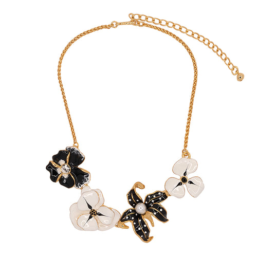 Black And White Flower Station Necklace