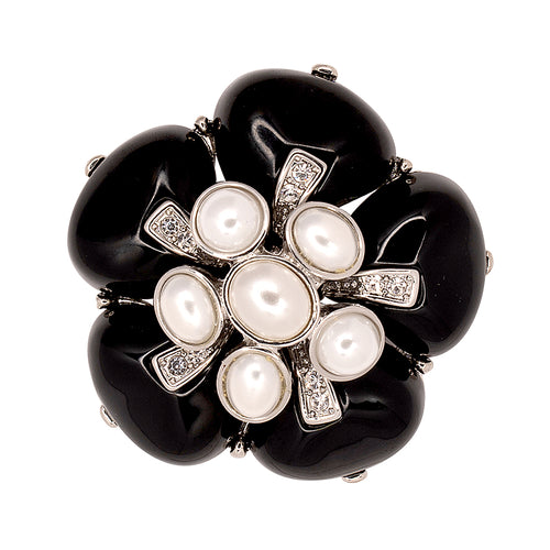 Black & White Pearl Flower Pin