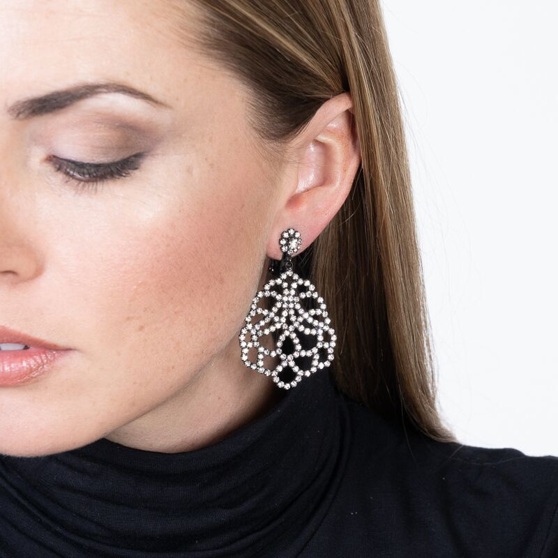 Lace Drop Clip Earrings