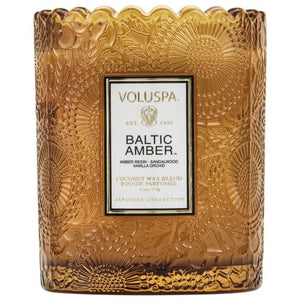 Voluspa: Baltic Amber Scalloped Candle