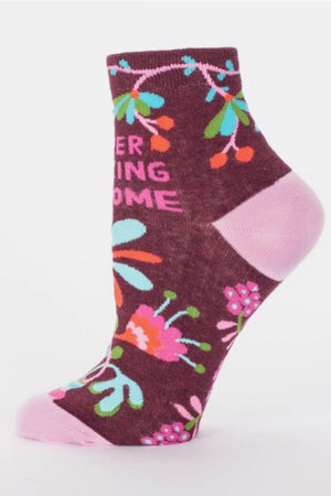 blue-q-SW631-womens-ankle-socks-super-fucking-awesome-pink