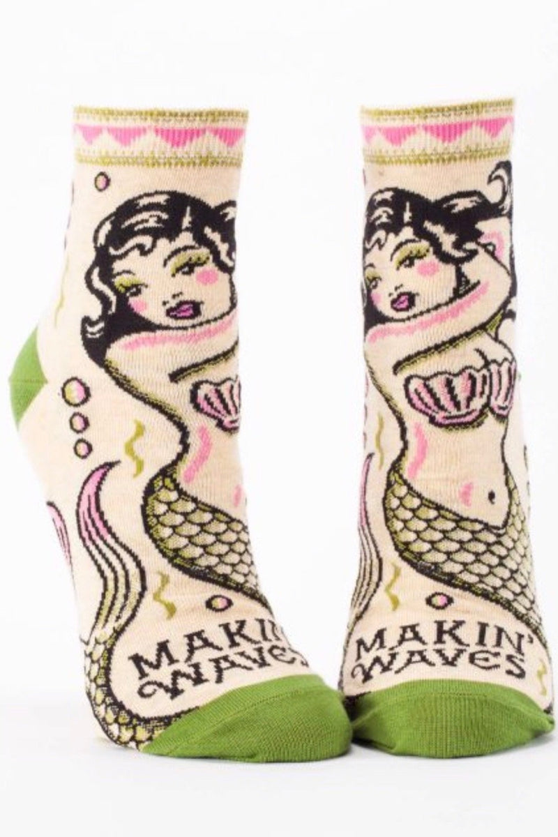 blue-q-SW633-makin-waves-mermaid-womens-ankle-socks