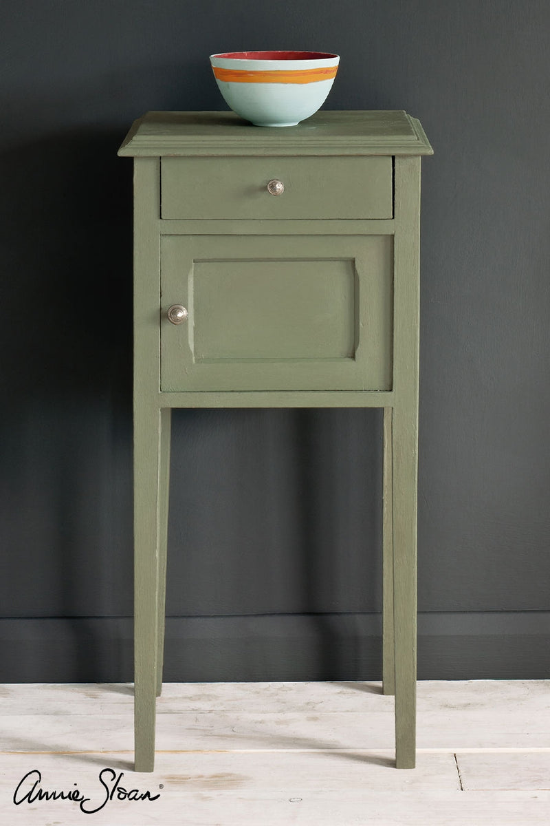 Annie Sloan® Chalk Paint™ LITRE: Chateau Grey