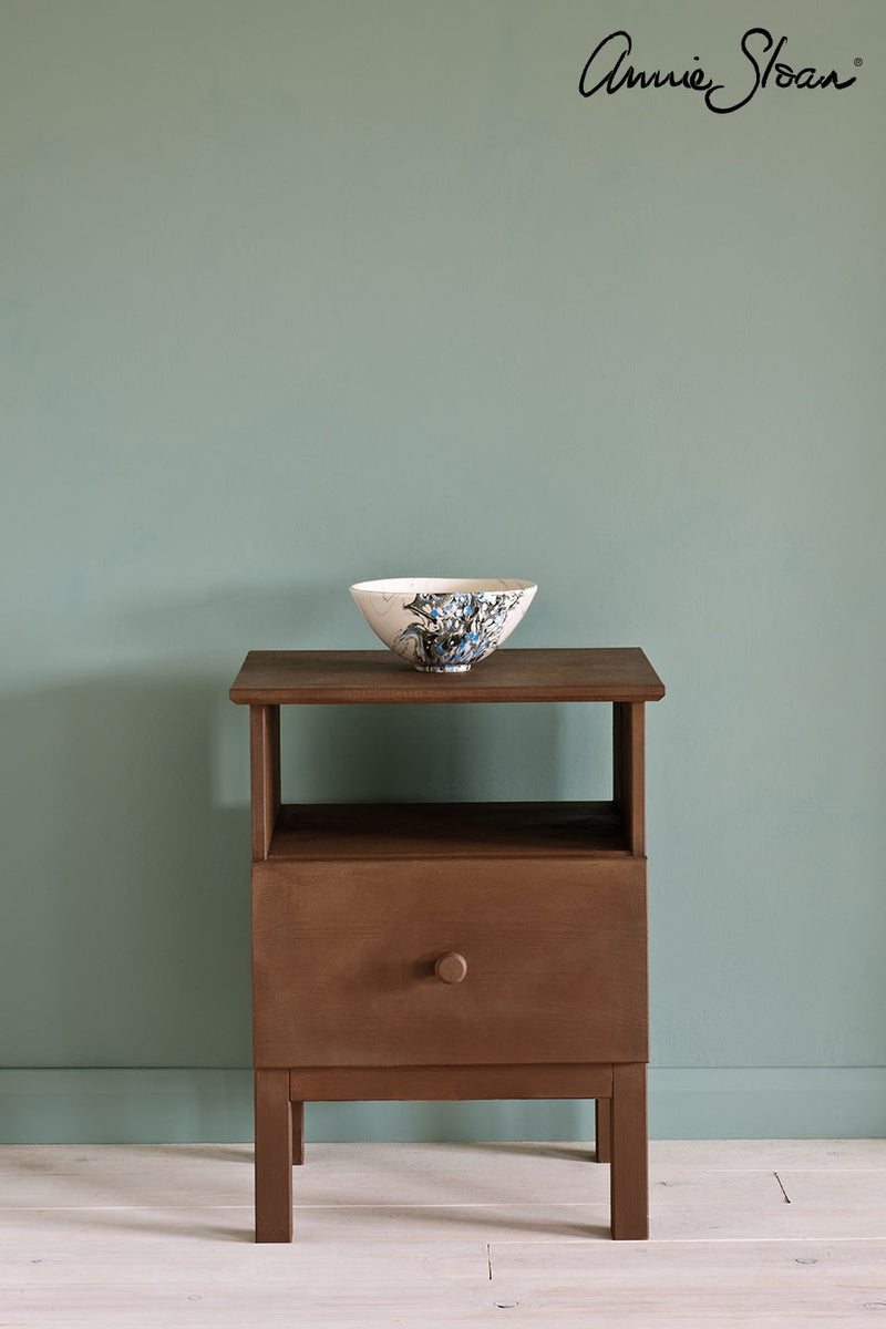 honfleur-side-table_-duck-egg-blue-wall-paint_-tacit-in-old-violet-curtain_-ticking-in-graphite-lampshade_-72dpi-image-1