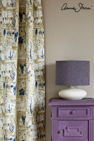 rodmell-side-table_-dulcet-in-versailles-curtain_-linen-union-in-emile-_-graphite-lampshade_-72dpi-image-3