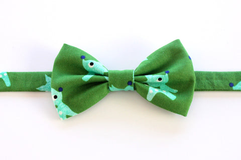 Green Reindeer Adult Bow Tie
