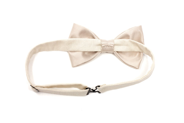 Light Ivory Satin Bow Tie