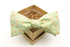 Pastel Green Floral Bow Tie