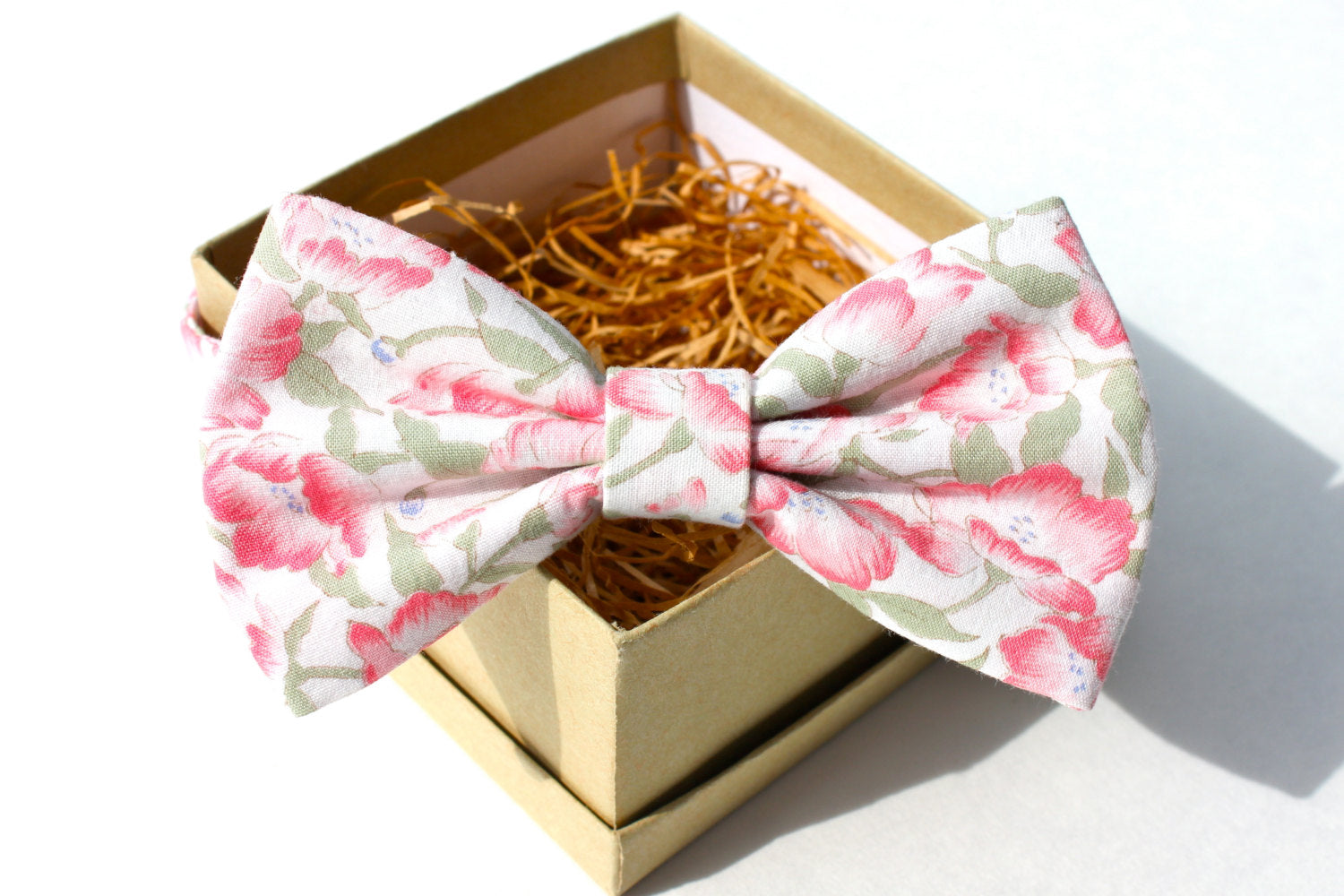 Light Pink & Sage Floral Bow Tie