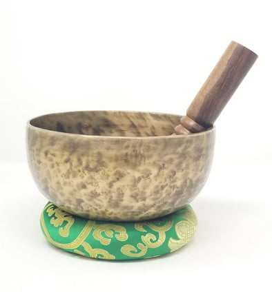 HAND BEATEN TIBETAN SINGING BOWL WITH HEALING BUDDHA 7""