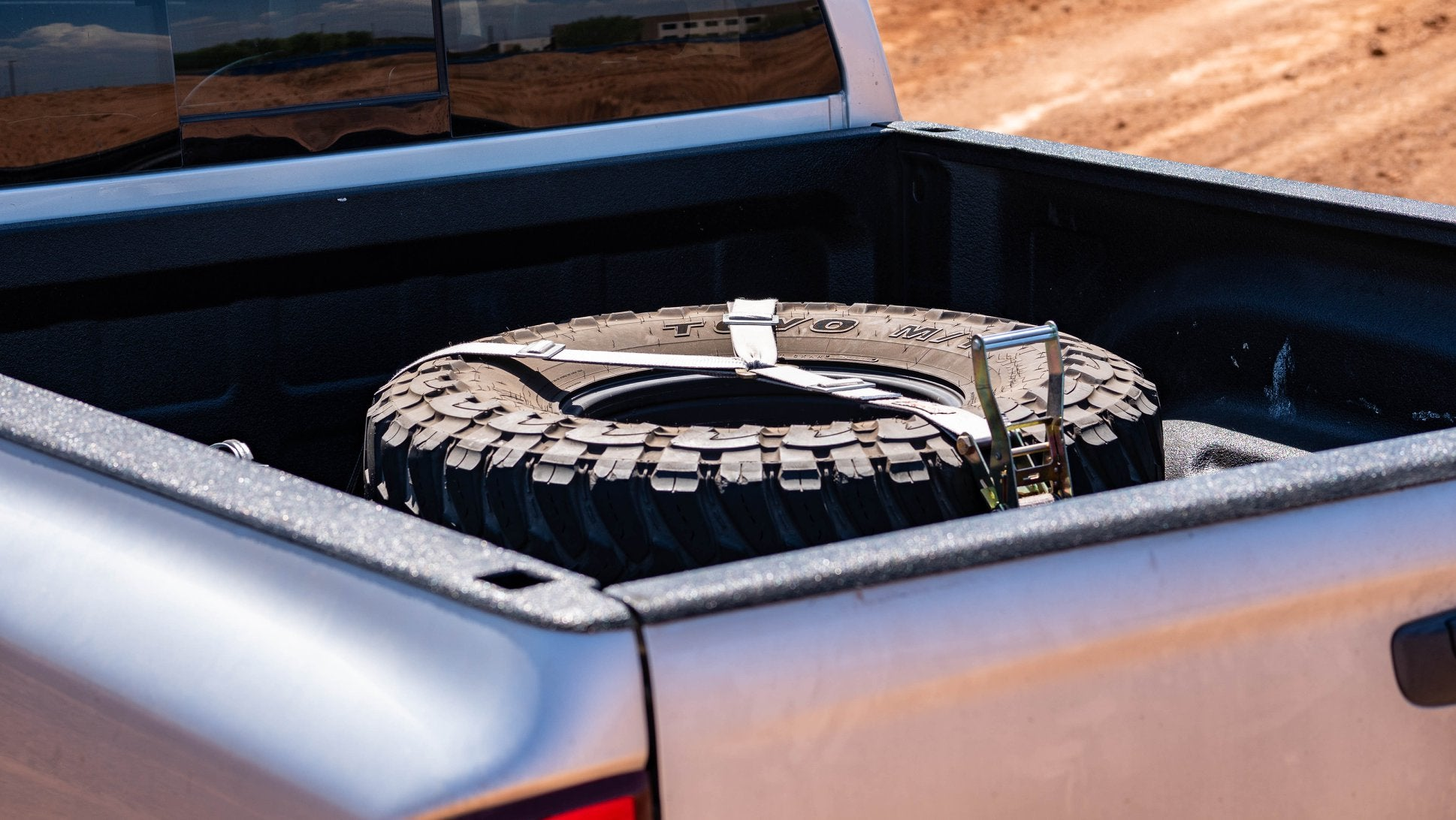 SDHQ Spare Tire Mount In Bed