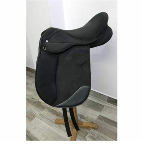 Dressage Saddle-  With 3 Easy Change Gullet - Narrow  Medium & Wide