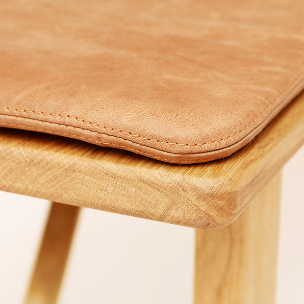 Form & Refine Position Leather Cushion