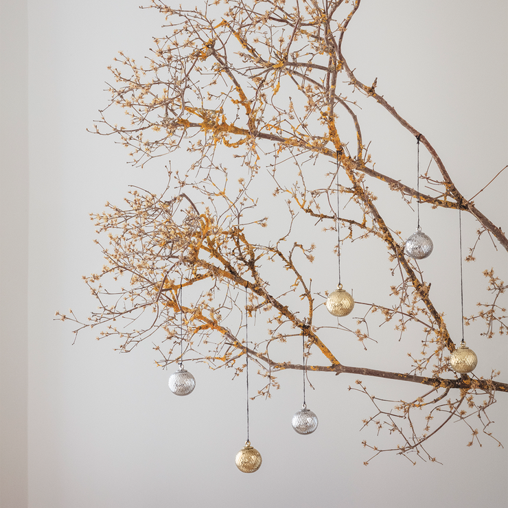 Lyngby-Rhombe-Decor-Bauble-Gold