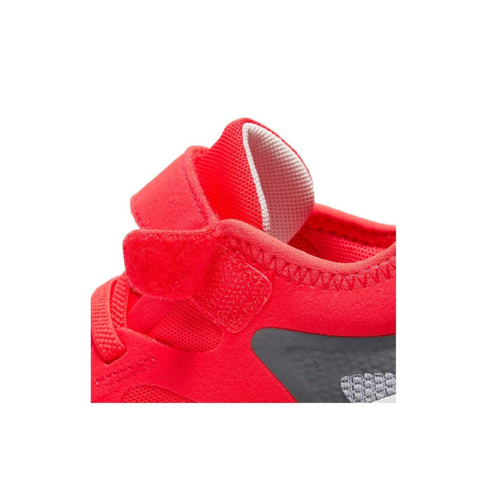 Nike Kids Nike Free RN 5.0 (PSV) Kids Laser Crimson/LT Smoke Grey Smoke Grey - Close up of velcros strap closure