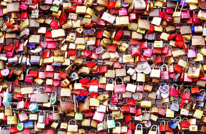 Free Date Night: Love Lock Hike
