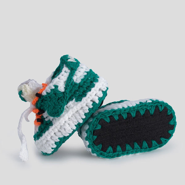 "Baby Crochet IB-SB ""OFF-W"" (includes soft felt bottom and shoe box)"