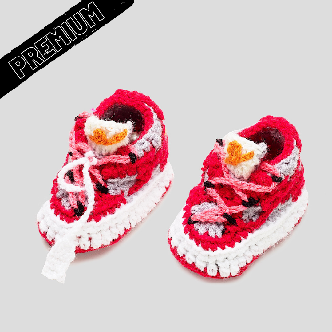 "Baby Crochet IB-LOWs ""OFF-W"" (includes soft felt bottom and shoe box)"