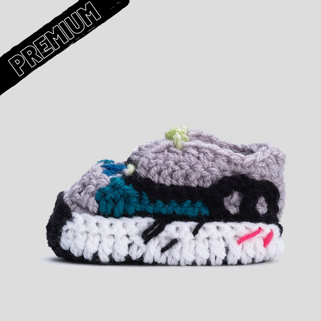 Baby Crochet Yzy Wave (Soft felt non-slip bottom and shoe box)