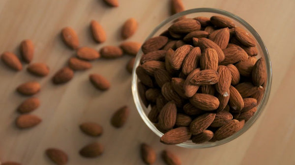Raw Almond Nuts (1kg)