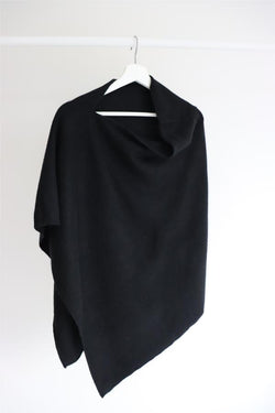 FELTED PONCHO - BLACK