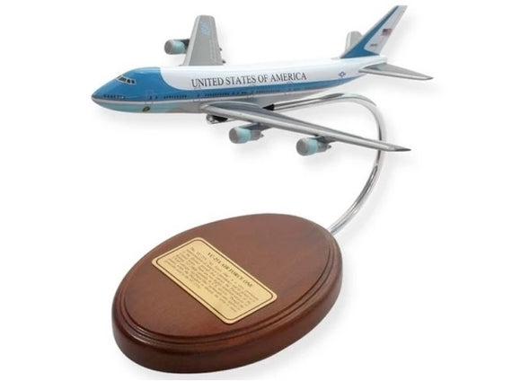 VC-25A Air Force One Desktop (Small)