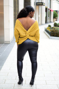 TWISTED BACK SWEATER/ COLOR MUSTARD