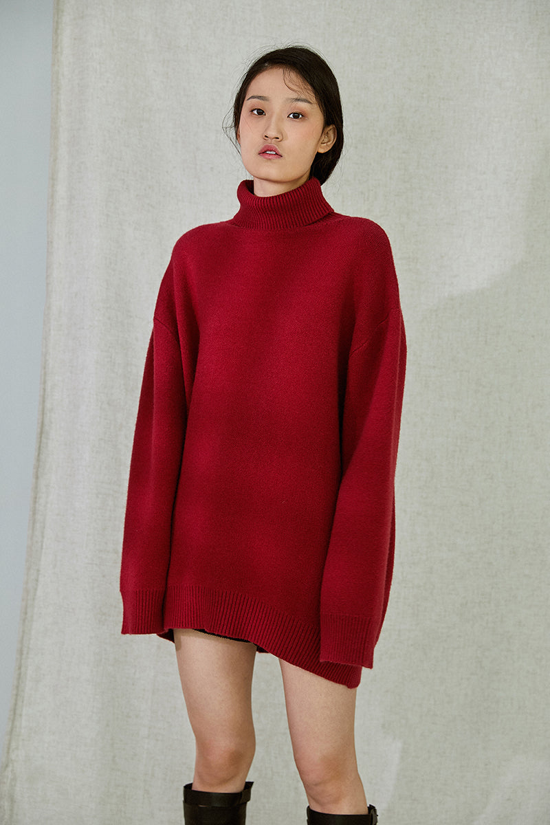 OVER SIZED TOMATO SWEATER