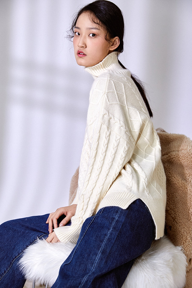 TEXTURE SENSE ANGORA FUR SWEATER WHITE