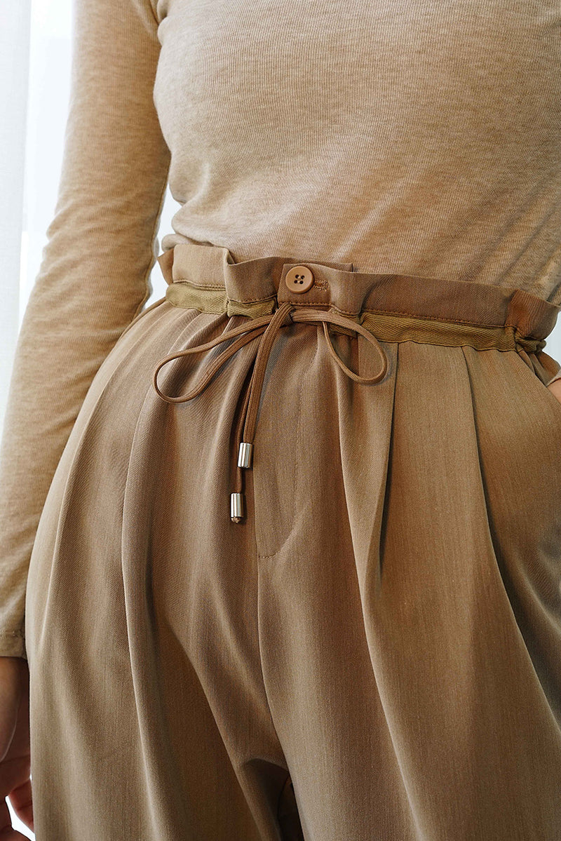 Ruffle Waisted Ankle-length Pants