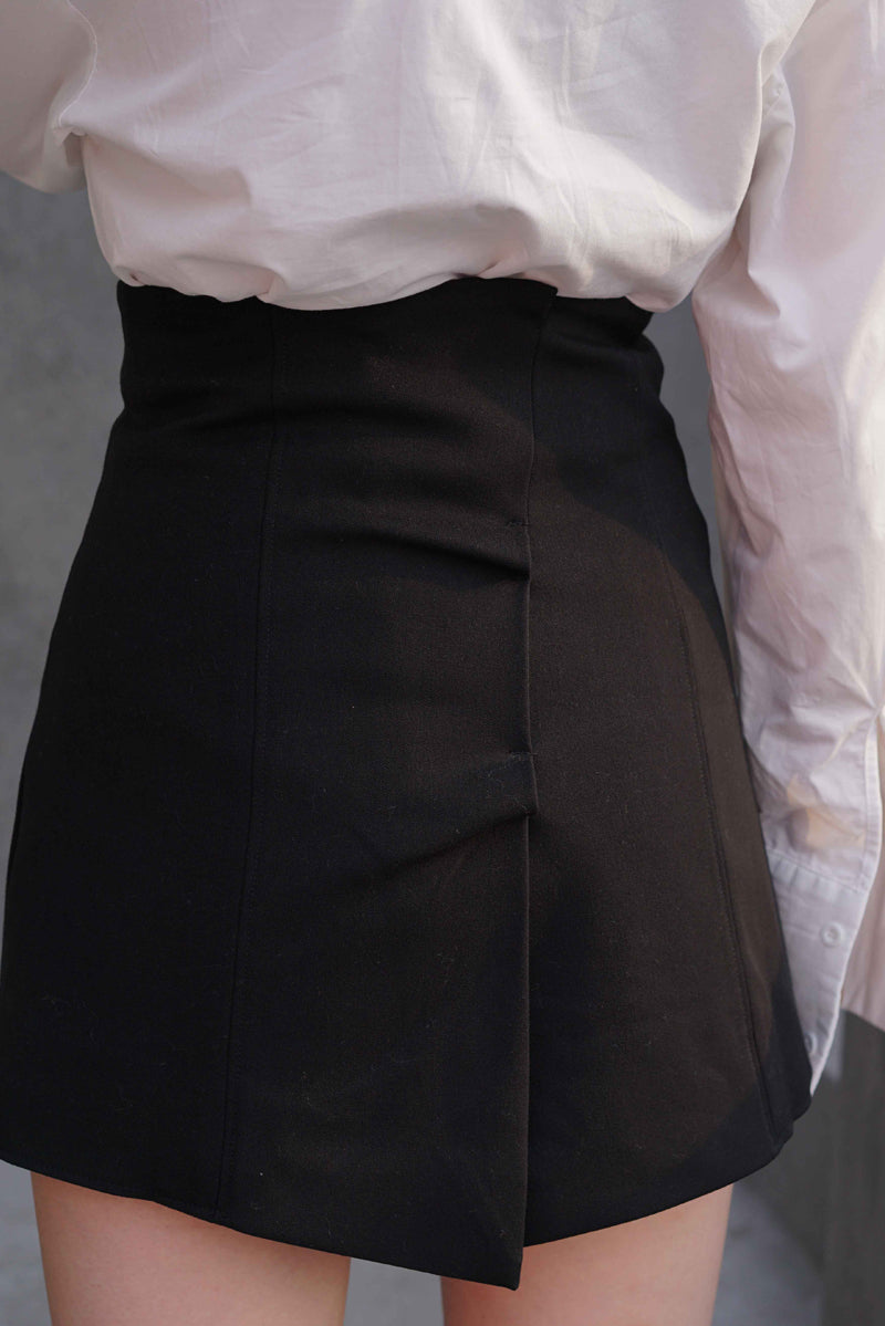 Super High-Waisted Chic Pant skirt