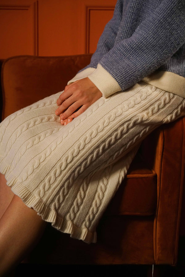WOOL CABLE SKIRT WITH RUFFLE
