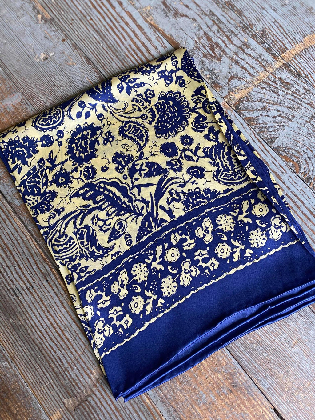 Royal Floral Wild Rag
